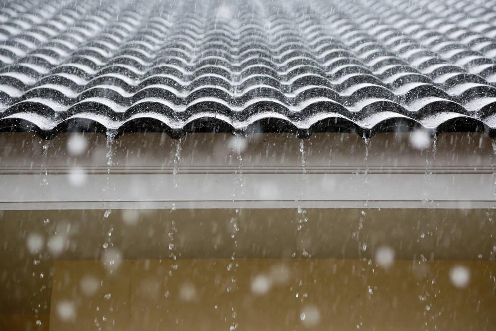 Mantenimiento de tejados ante las fuertes precipitaciones de 2018