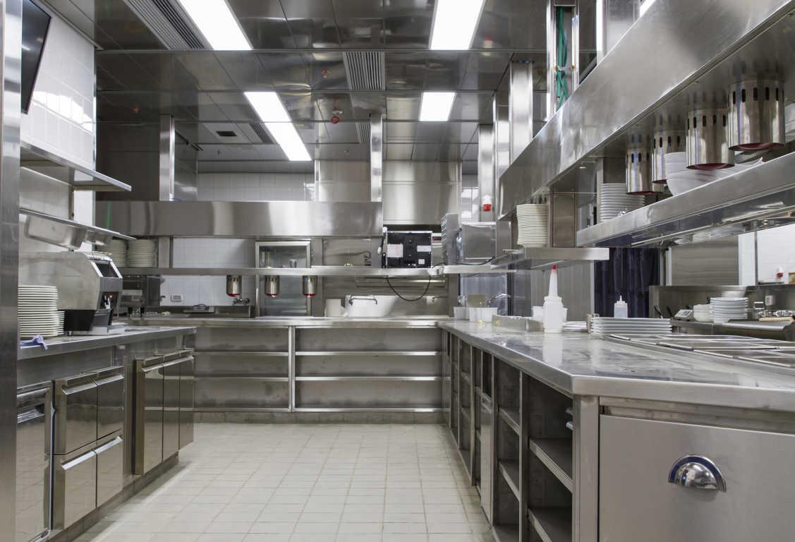 Por qué elegir muebles de acero inoxidable para tu restaurante