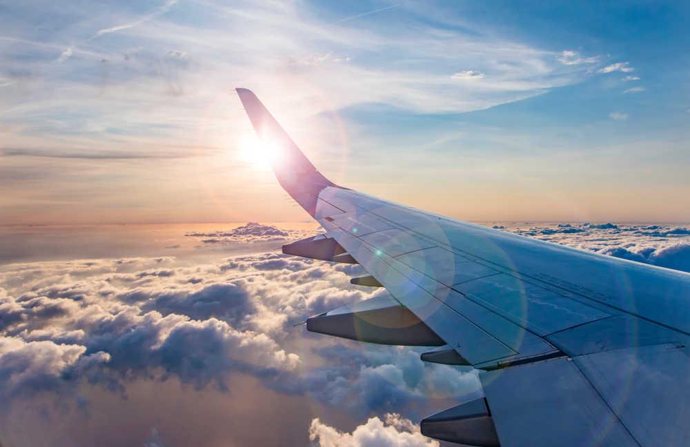 El aumento de los viajes en avión obliga al sector a requerir más personal